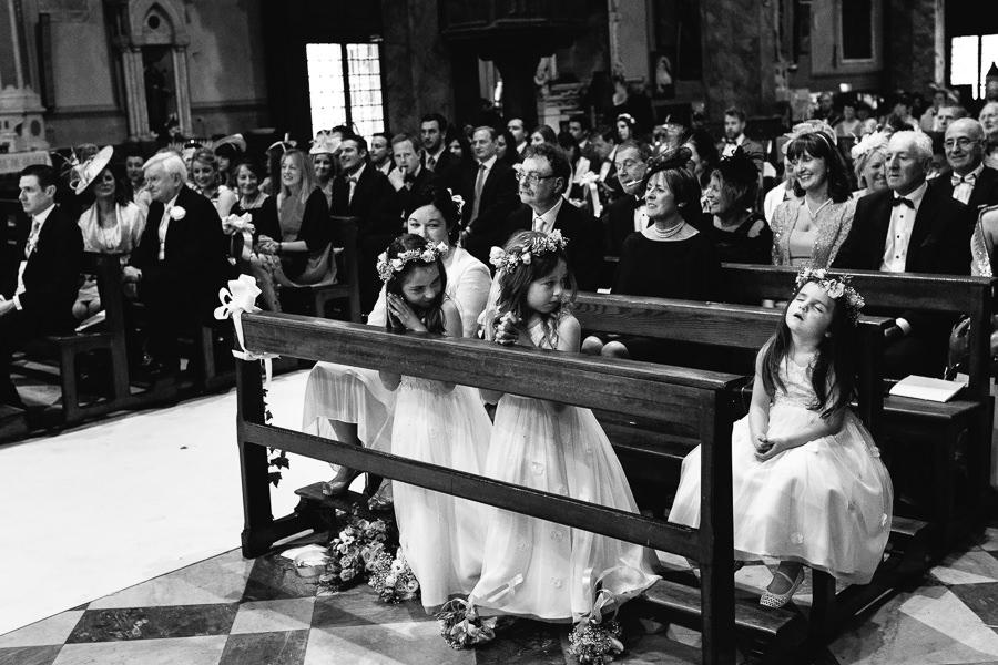 Alassio Matrimonio Fotografo Chiesa San Ambrogio
