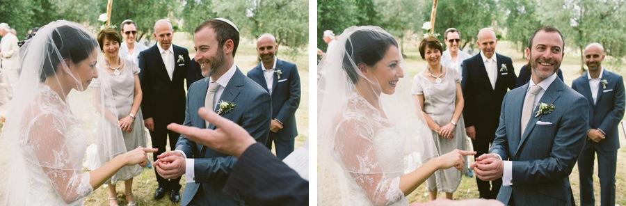 ring rings wedding rings jewish ceremony italy sposiamovi wedding planners details jewish bride jewish groom jewish destination wedding in italy florence fiesole