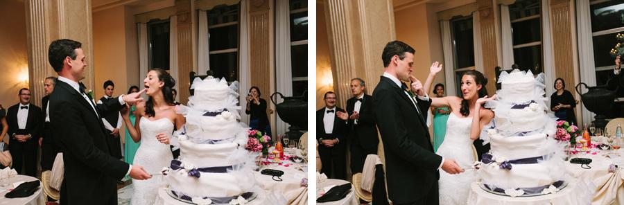 cake cutting at wedding reception at Palace Hotel Villa Cortine, sirmione, lake garda