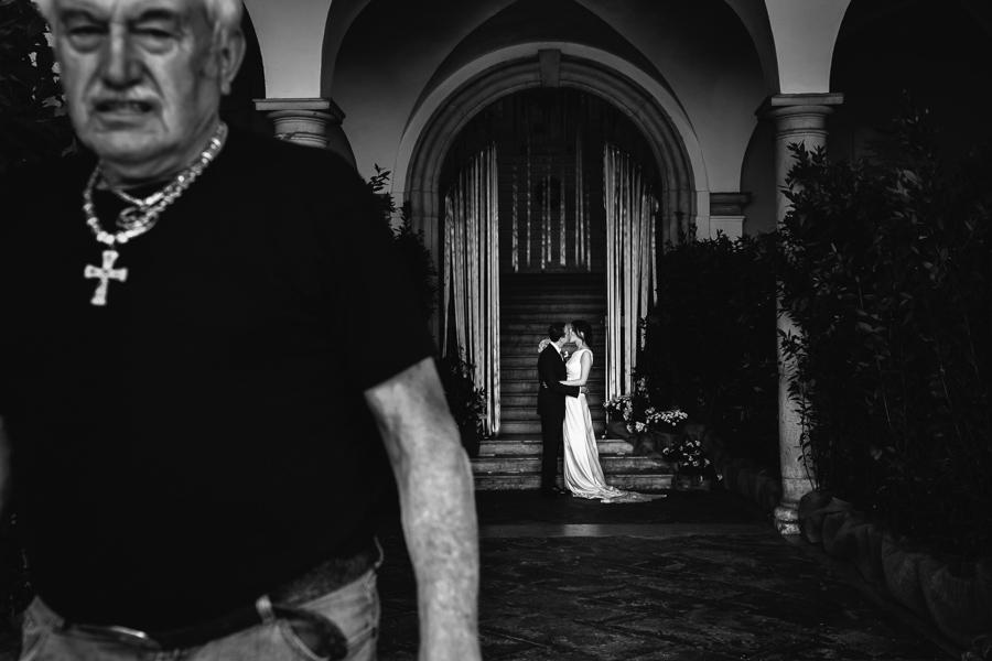 ritratto sposi fotografo matrimonio lago di garda julian kanz