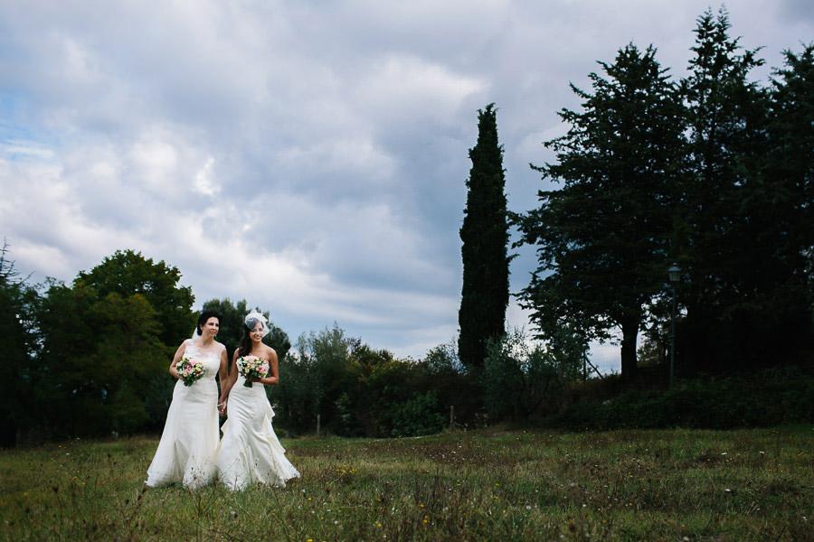 Lesbian Wedding in Tuscany