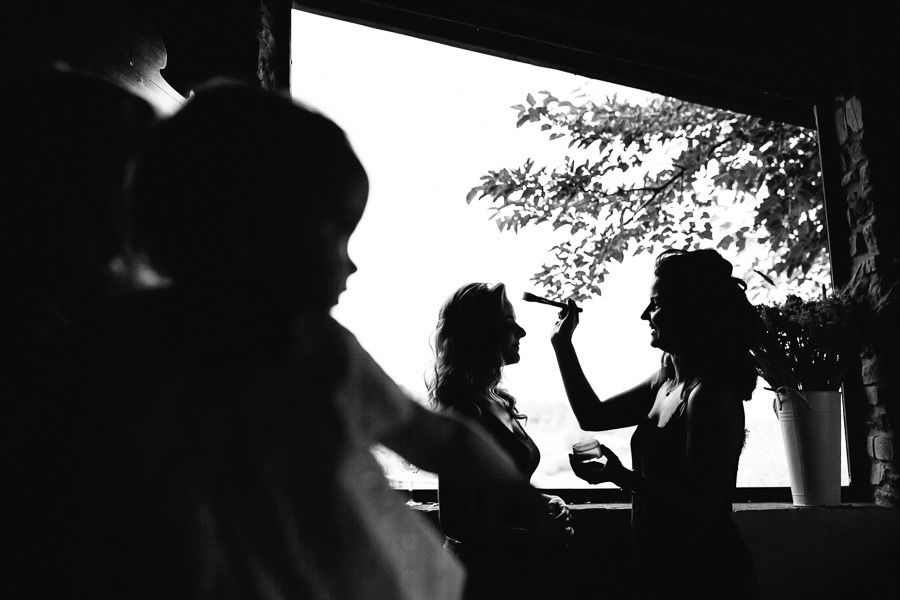Bride Preparation La Vecchia Quercia Poppi Tuscany Wedding Photo